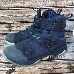 Nike LeBron LBJ X 10 Soldier Midnight Navy size 8